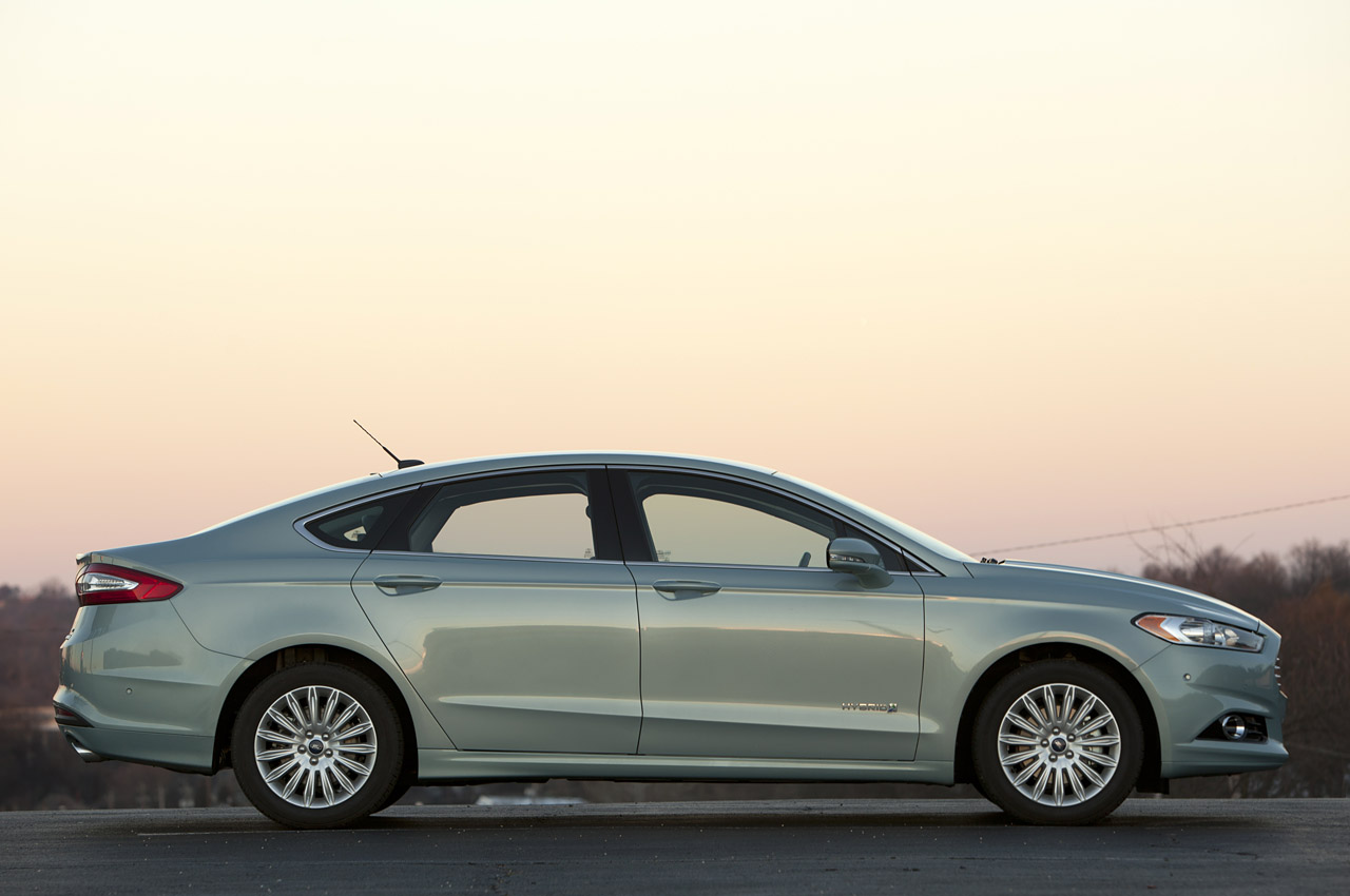 2014 ford fusion hybrid concept the news articles reviews comments prices of cars and. Black Bedroom Furniture Sets. Home Design Ideas