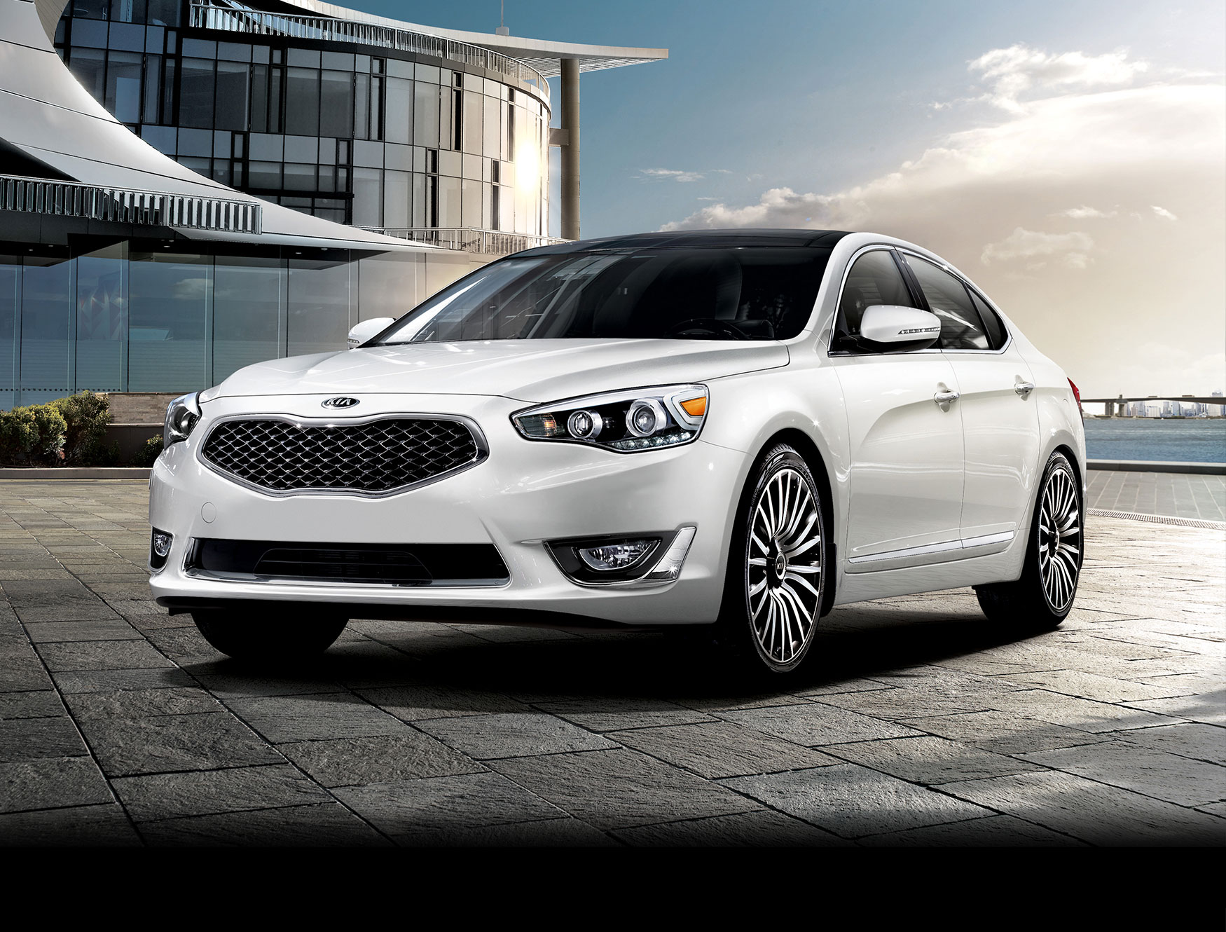 2014 kia cadenza review and price the news articles reviews comments prices of cars and. Black Bedroom Furniture Sets. Home Design Ideas