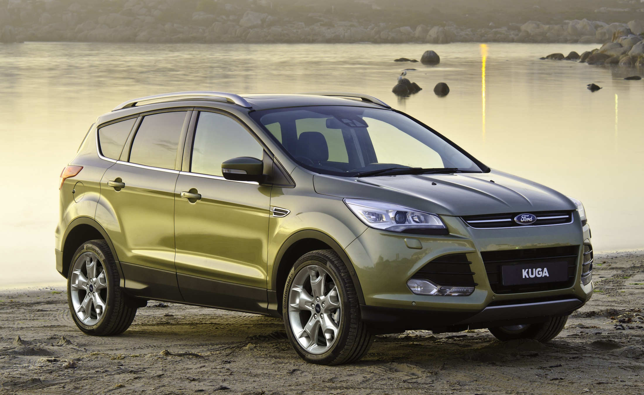 2013 ford kuga review and price the news articles reviews comments prices of cars and. Black Bedroom Furniture Sets. Home Design Ideas