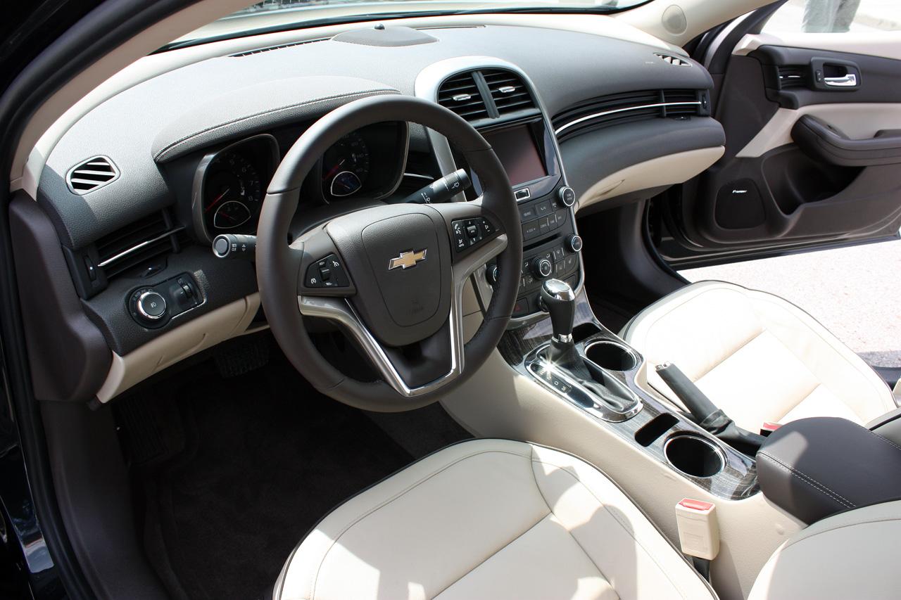 2006 chevy malibu interior