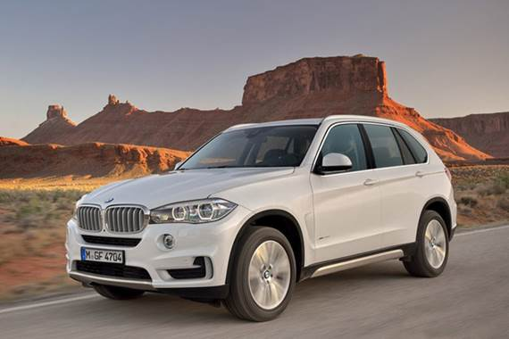 The new, third-generation X5 is all about evolution, not revolution