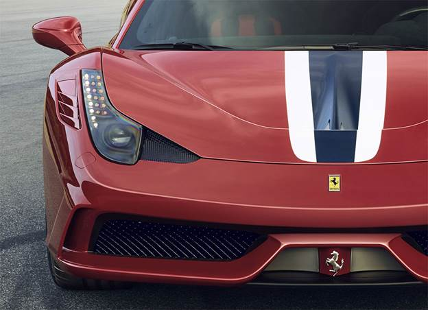 On track at Fiorano you're simply aware of the Speciale feeling incredibly planted as well as having an extremely positive front end and an overall balance that initially feels psychotic, so keen is the car to oversteer