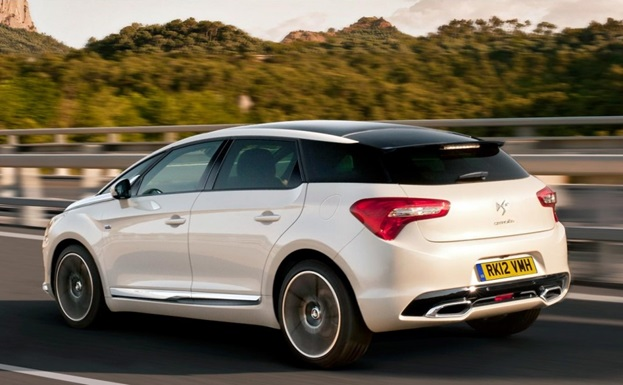 The Citroën DS5 breaks all the rules to create its own