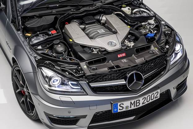 And what we'll miss most is AMG's big, naturally aspirated 6.2-liter V-8, which has already been supplanted in most of the AMG lineup by a twin-turbocharged 5.5-liter V-8